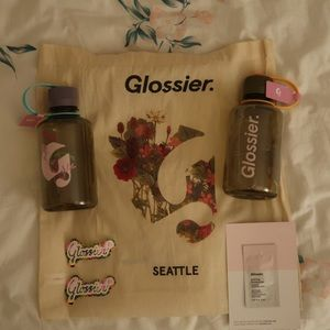 Glossier Seattle Bundle